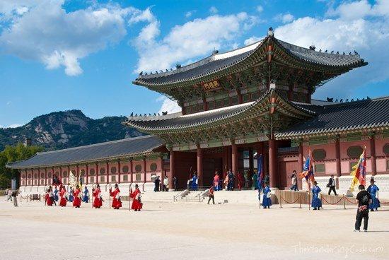 Cung điện Changdeok là một trong những công trình kiến trúc phương đông đẹp