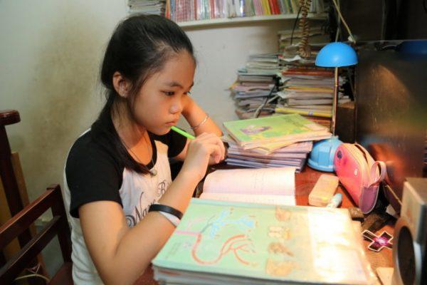 Làm bài tập về nhà và học thêm toán nâng cao là bí quyết học giỏi toán 7